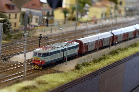 A Model Expo Italy bambini e ragazzi tornano a guidare i trenini