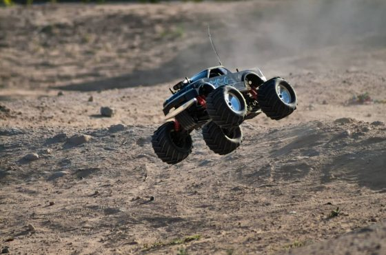 L'automodellismo da competizione: le gare e le piste fai da te