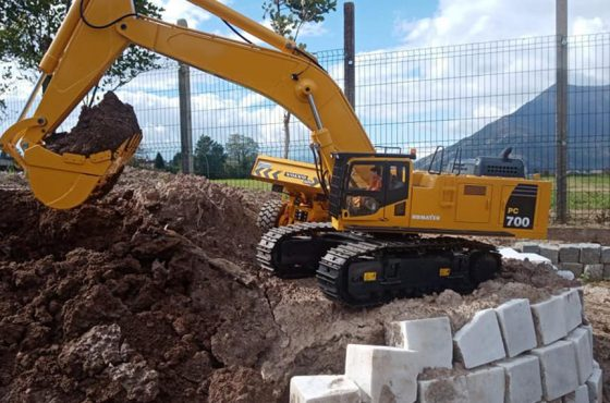 Discovering earthmoving machinery at Model Expo Italy